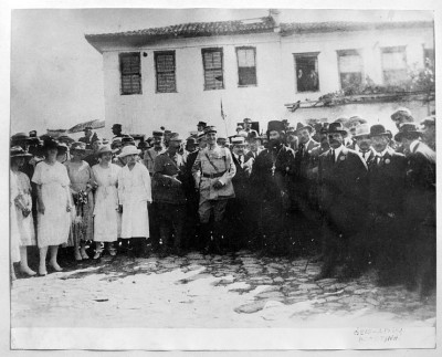 French General Charpy standing next to Greek General Zymvrakaki in Komotini (Gumulcine) Thrace - 14 May, 1920