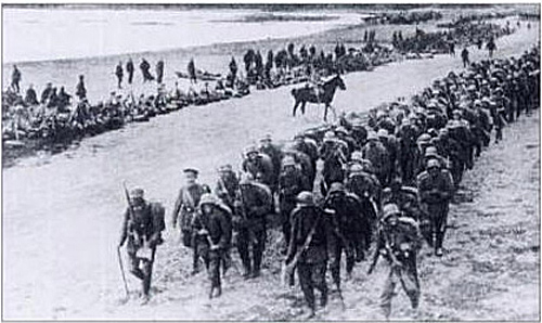 15th Landwehr Div marching along the Crimean coast - May 1918