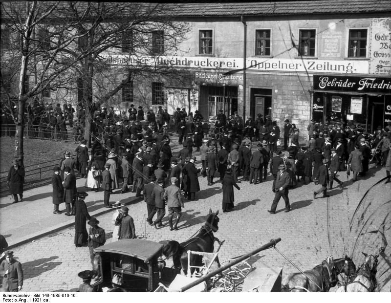Plebiscite Voters in Oppeln,  1921 - from Bundesarchiv